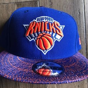 New Era Knit stitch New York  knicks snap back